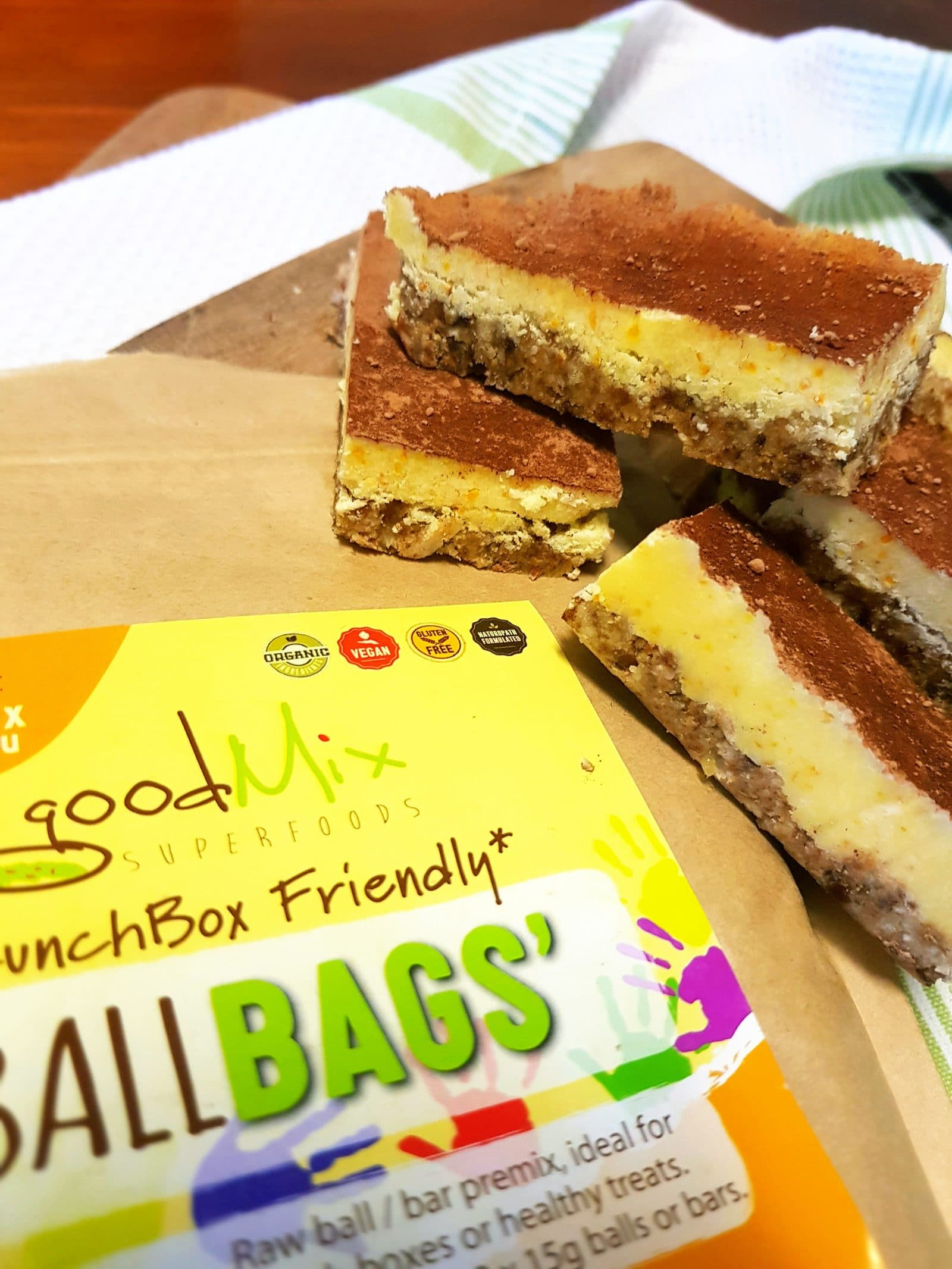 goodMix zesty lunchbox bars