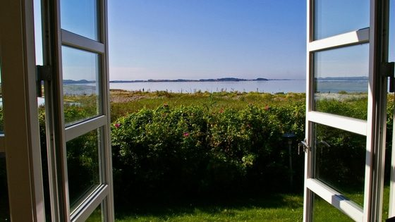 view of a bay from a window | naturopathy tips #5 | goodMix