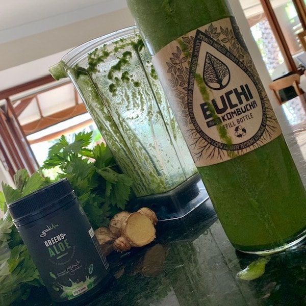 Green-Smoothie-in-Buchi-bottle-pic