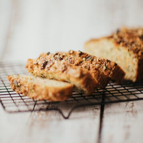 low fodmap bread recipe cooling on rack | goodMix