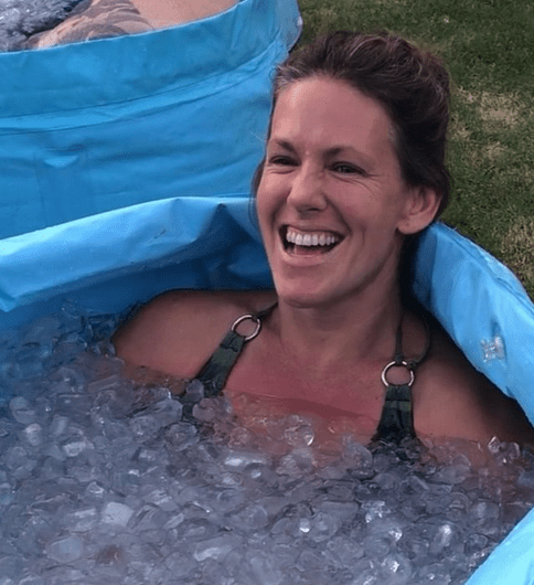 jeanie in ice bath | healthy habits for 2021 | goodMix